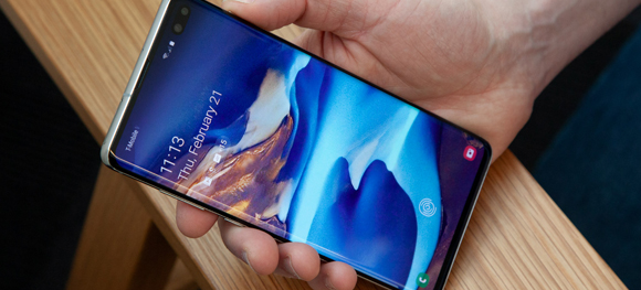 The best way to play iTunes purchased movies on Galaxy S10